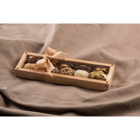 Dates Selection in Wooden Box - 10 pieces