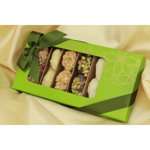 Medjool Dates Coated with Belgian Chocolate , Rolled in Nuts 14 pieces - NEW !!!